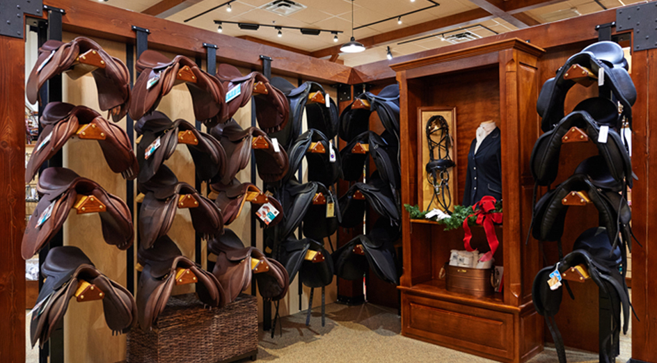 The European Horse Clothing Rack by Apple Picker lets you air out and store a horse blanket, sheet or saddle pad. This single arm blanket rack can be hung high in a tack room to store folded horse .